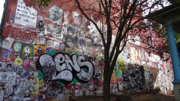Fresques street art sur Mississippi Avenue
