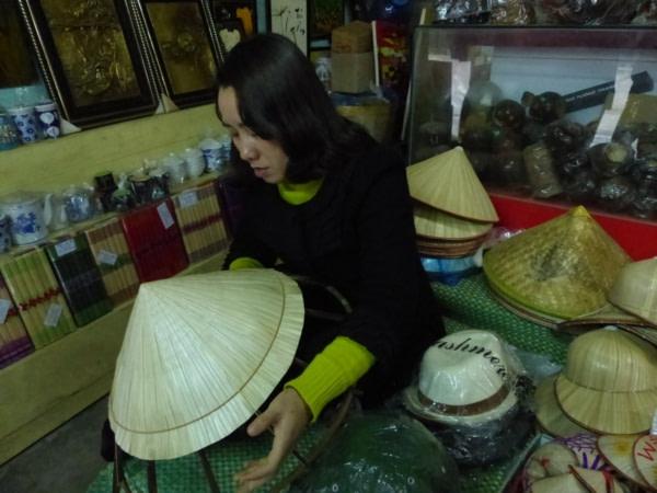 Fabrication de chapeau conique
