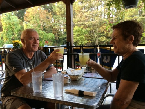 Atlanta petit Resto mexicain avec bien sûre Margaritas nous le méritons bien!!!!